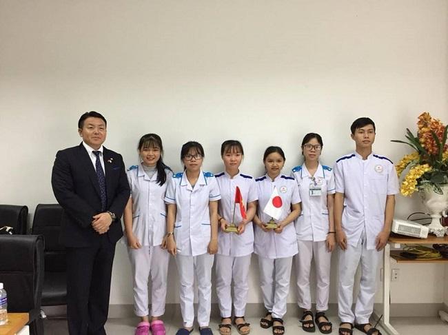 Cơ hội thực tập hưởng lương tại nước ngoài ngành điều dưỡng cho sv Đông Á
