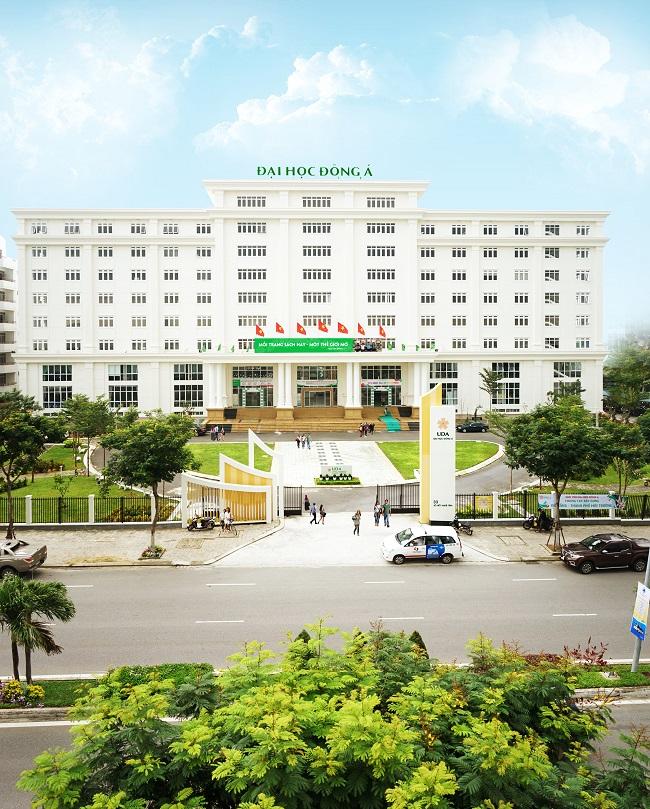 Học ngành điều dưỡng tại Đại học Đông Á - Đà Nẵng