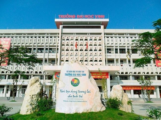 Học ngành điều dưỡng tại Đại học Y khoa Vinh - Nghệ An