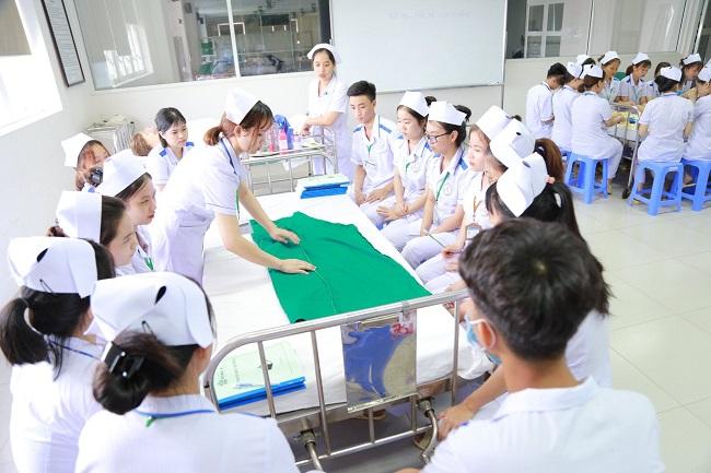 Lợi thế khi xuất khẩu lao động ngành điều dưỡng tại Nhật