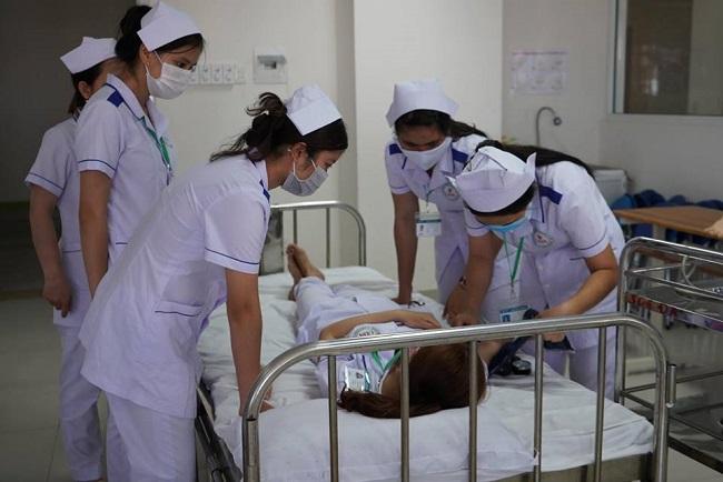 ĐH Đông Á đào tạo điều dưỡng bài bản, vững chuyên môn