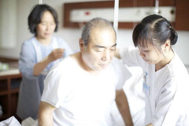 Ngành Điều dưỡng tại Việt Nam hiện nay đang thiếu hụt nhân lực trầm trọng