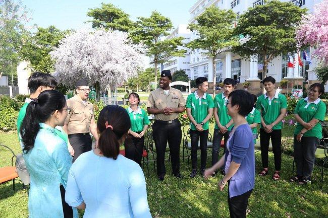 Có nên học ngành ngôn ngữ Anh trường Đông Á không?