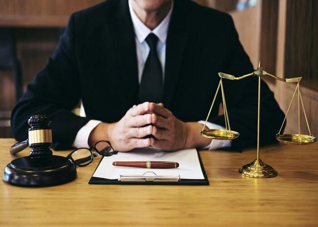 Học ngành luật kinh tế có khả năng giỏi toàn diện