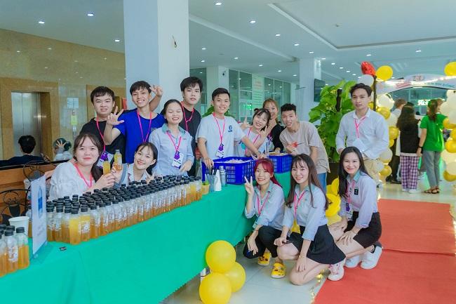 Học quản trị kinh doanh tại Đại Học Đông Á