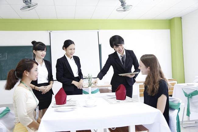 Học Quản trị khách sạn - Cơ hội nghề nghiệp rộng mở