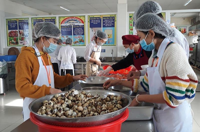 Môi trường học tập ngành dinh dưỡng 09