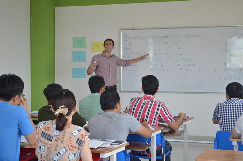 Môi trường học tập ngành ngôn ngữ Anh 02