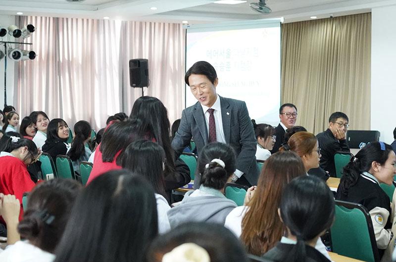 Môi trường học tập ngôn ngữ Hàn 07