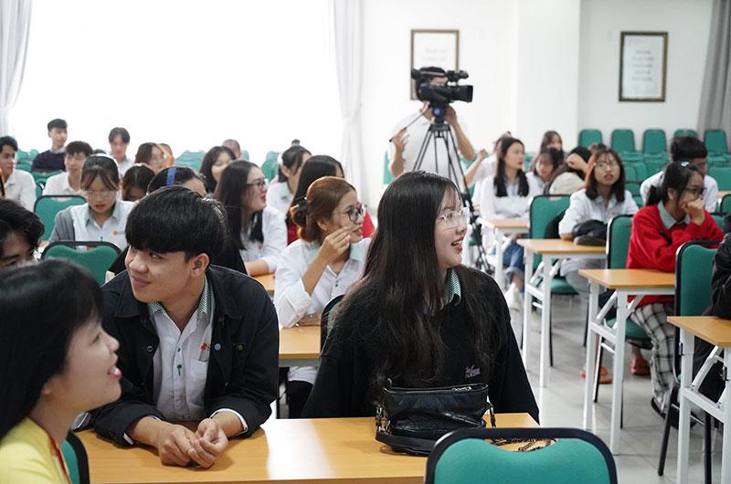 Môi trường học tập ngôn ngữ Hàn 09