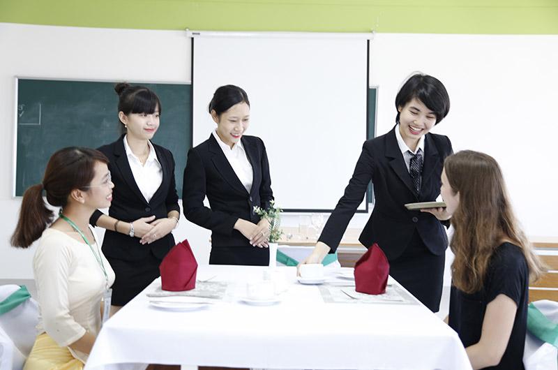 Môi trường học tập Quản trị nhà hàng và dv ăn uống 10