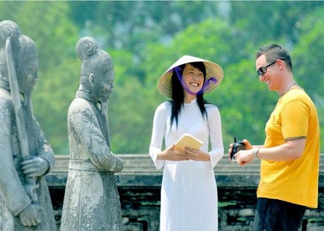 Ngành hướng dẫn viên du lịch