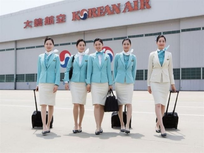 Tiếp viên hàng không tiếng Hàn