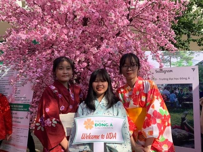 Sinh viên ngành ngon ngữ Nhật - Đại Học Đông Á