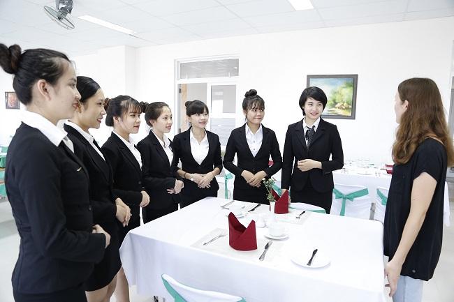 yêu cầu của ngành quản trị khách sạn