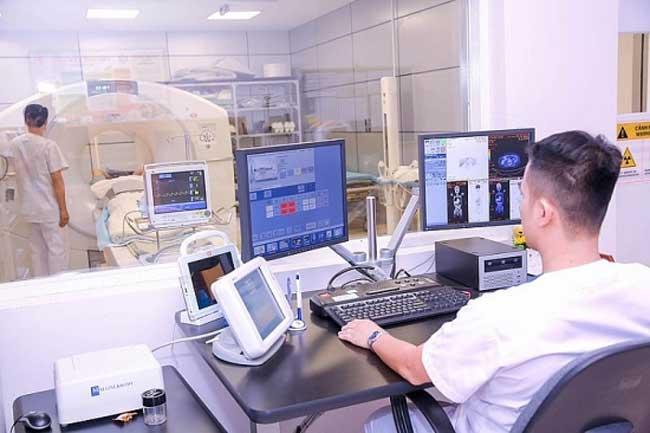 Tự động hóa các thiết bị y tế