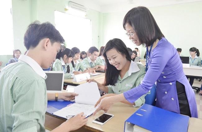 Các trường tuyển sinh đại học khối C00