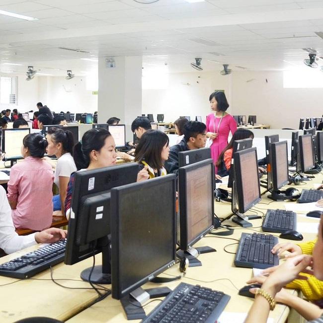 Học công nghệ thông tin tại Đại Học Đông Á