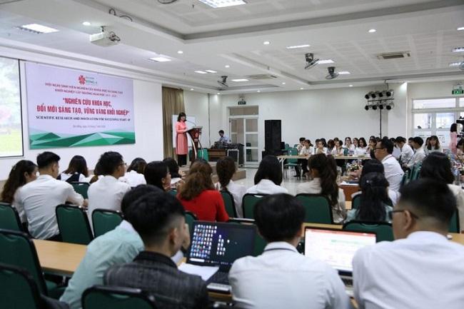 Lợi ích khi sinh viên học trí tuệ nhân tạo tại ĐH Đông Á