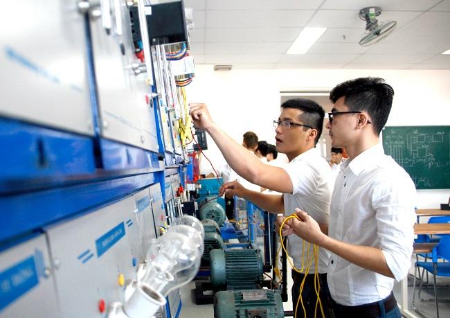 Kỹ thuật điện là gì? Học ra làm nghề gì? Cơ hội việc làm?