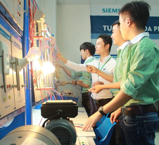 Tìm hiểu sơ lược về ngành điện điện tử