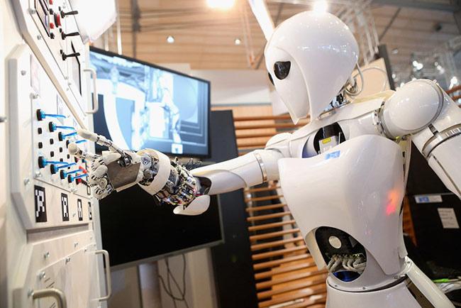 Trí tuệ nhân tạo có thể thay thế trí tuệ con người không