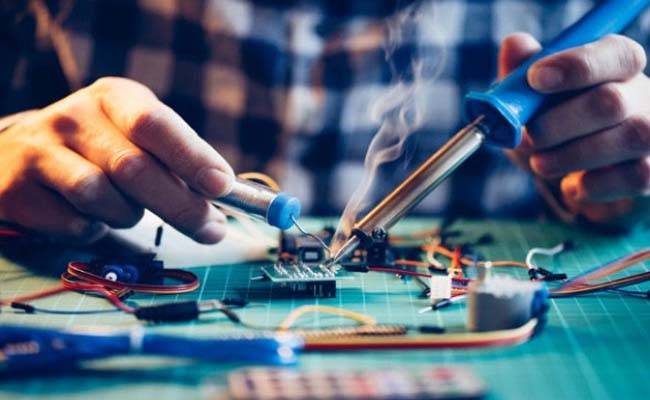 Tìm hiểu vai trò của kỹ thuật điện tử trong đời sống hiện nay?