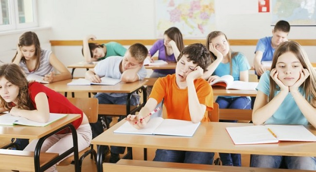 Bật mí một số cách chống buồn ngủ trong giờ học hiệu quả