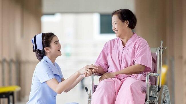 Nghề điều dưỡng cần những người có tâm và thật sự yêu thích nó