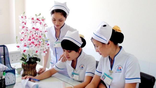 Điều dưỡng viên cần nắm vững quy trình kỹ thuật điều dưỡng