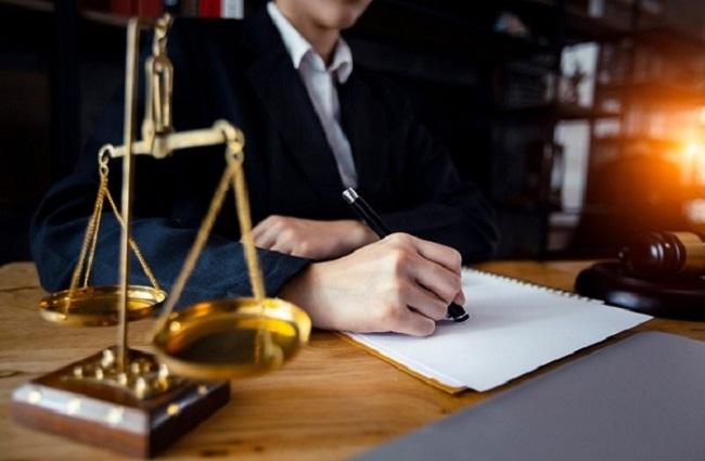 Hồ sơ, giấy tờ cần có để trở thành luật sư? làm luật sư cần những gì