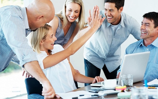 1 trong 3 đặc điểm chính của nghề marketing là kỹ năng làm việc nhóm