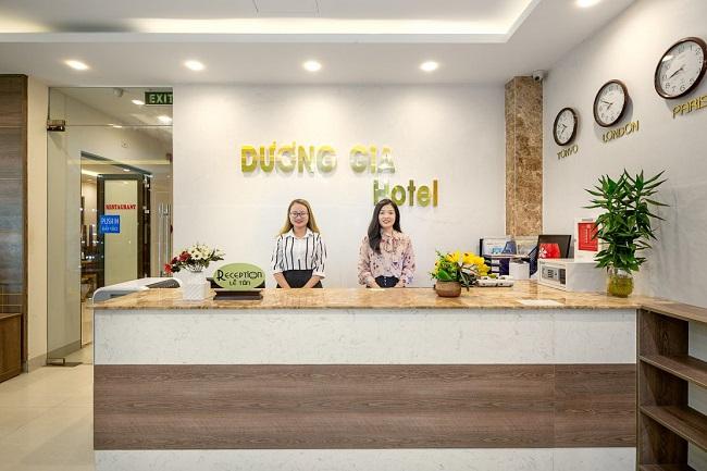 Làm lễ tân khách sạn, bạn cần biết các dịch vụ để tư vấn cho khách hàng