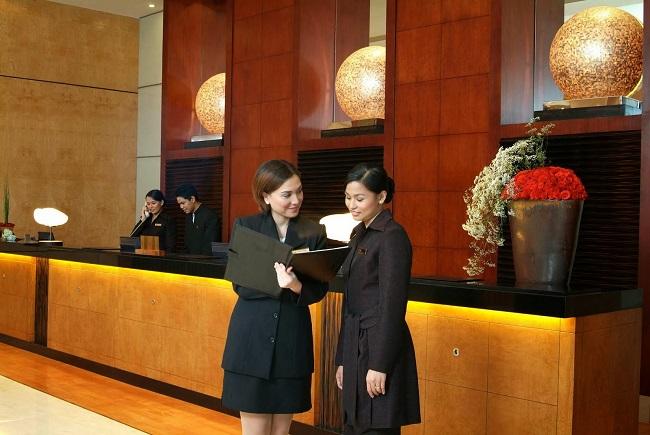 Lương của quản lý lễ tân khách sạn từ 15 triệu đồng/tháng trở lên