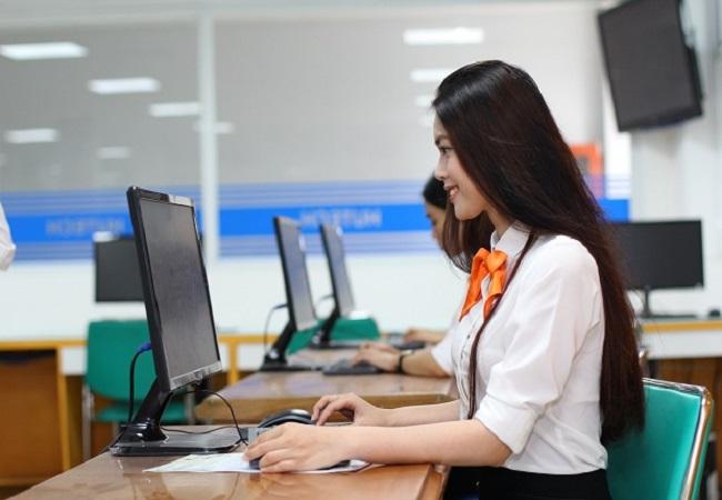 Làm nghề kế toán có mạng lưới thông tin và mối quan hệ tốt