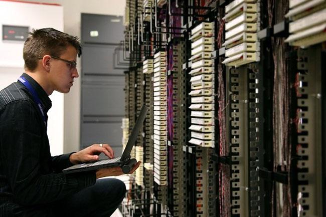 Cơ hội làm việc của ngành điện tử viễn thông tại nước ngoài