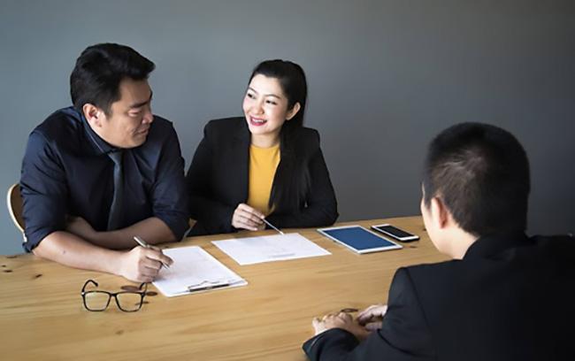 Công việc của phiên dịch viên tiếng Hàn