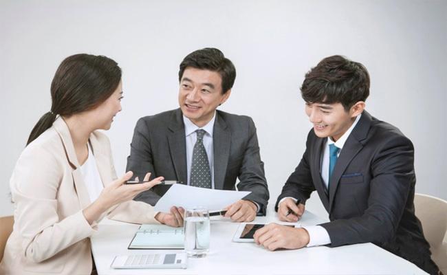Phiên dịch viên tiếng Trung là gì? Mức lương bao nhiêu?