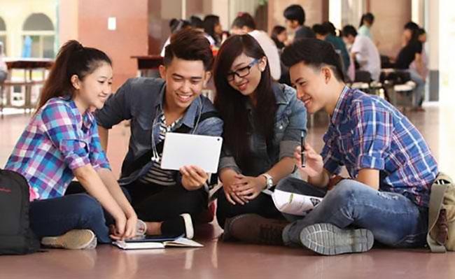 Sinh viên ngoại ngữ nên học thêm gì?