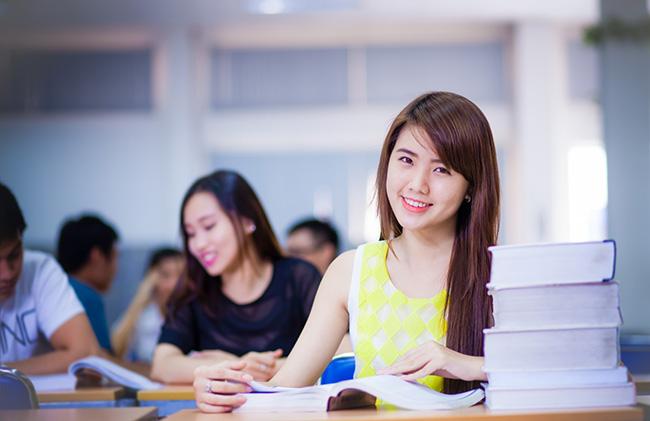 Sinh viên ngoại ngữ nên học thêm gì