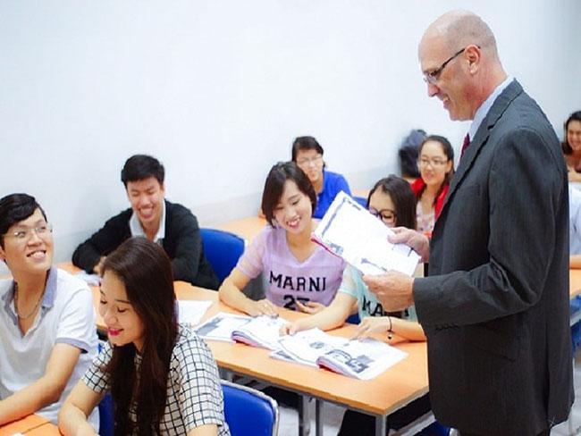 Tiếng Anh thương mại là môn học cần thiết