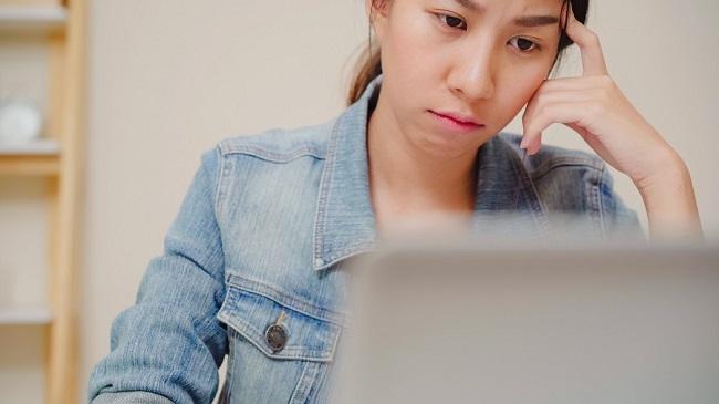 [Giải đáp] Con gái có nên học ngành thương mại điện tử không?